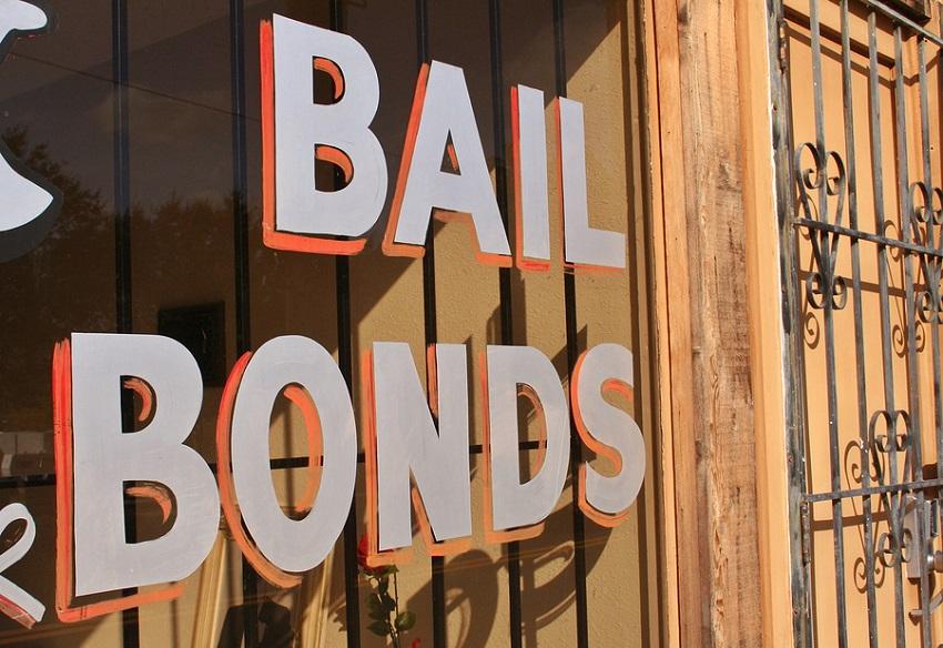 3 Reasons to Hire a Bail Bond Company
