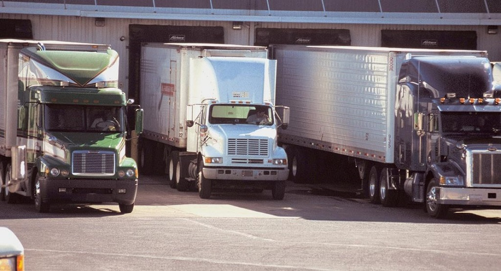 How To Line Up the Right Trailer for Your Semi-Truck